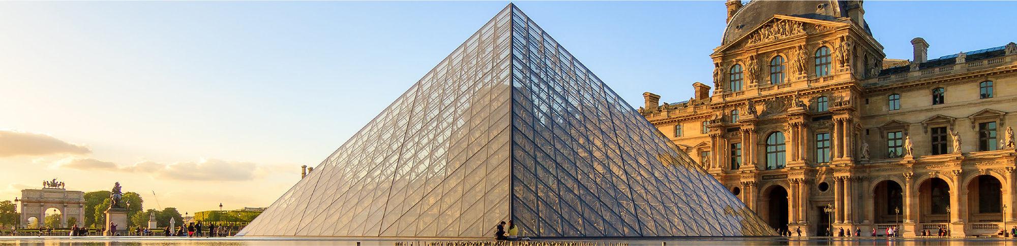 Pyramide du Louvre - LFFO
